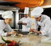 Cursuri PROFESIONALE de bucătar – cofetar